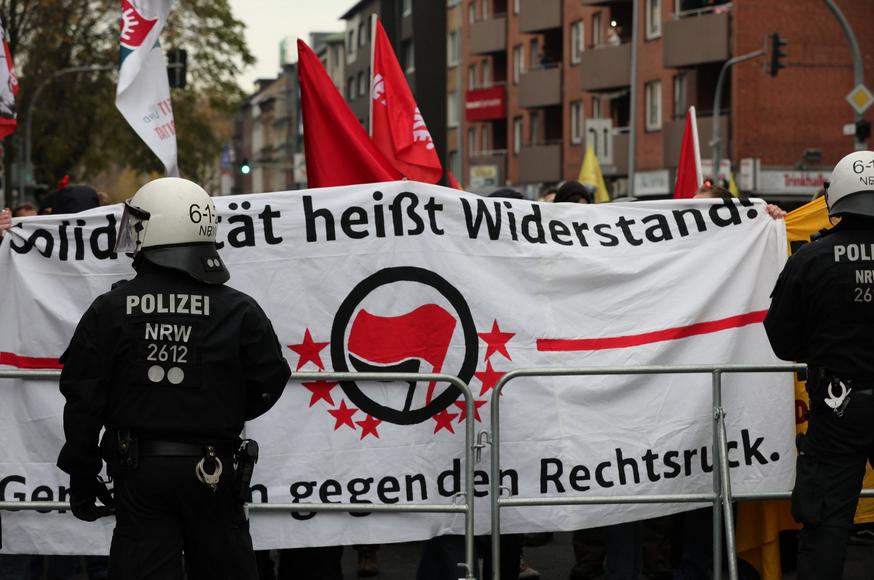 Kurzbericht zu den Aktionen gegen Pegida NRW in Duisburg
